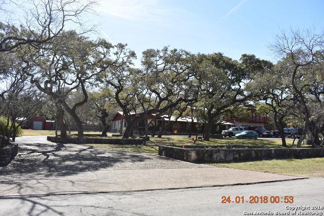 204 Meadowbrook Dr, Hollywood Pa, TX 78232 (MLS #1290267) :: ForSaleSanAntonioHomes.com