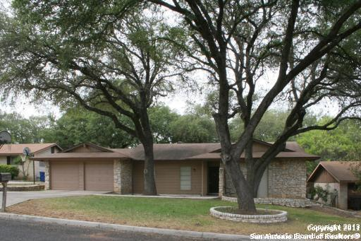 5715 Gomer Pyle, San Antonio, TX 78240 (MLS #1290500) :: Exquisite Properties, LLC