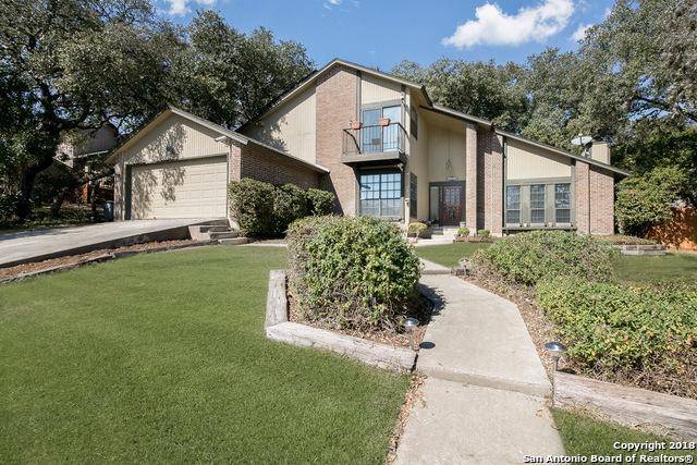 11211 Lago Vista, Helotes, TX 78023 (MLS #1292802) :: Magnolia Realty