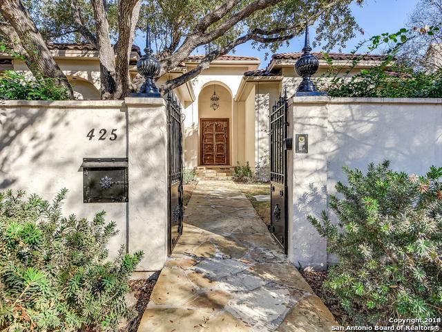 425 Garraty Rd, Terrell Hills, TX 78209 (MLS #1292825) :: The Castillo Group