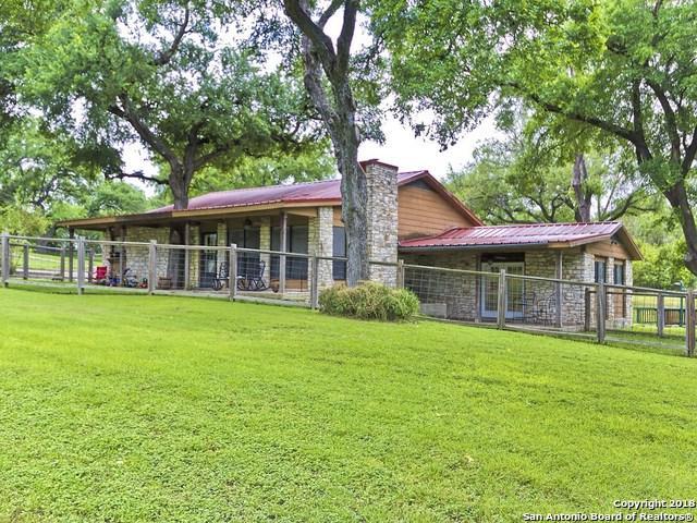 1525 N Colorado St, Lockhart, TX 78644 (MLS #1293008) :: Magnolia Realty