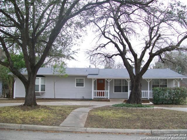 220 Lyman Dr, Terrell Hills, TX 78209 (MLS #1293581) :: The Castillo Group