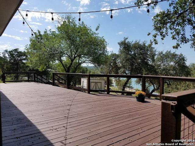 139 Romian Way, Lakehills, TX 78063 (MLS #1293794) :: Magnolia Realty