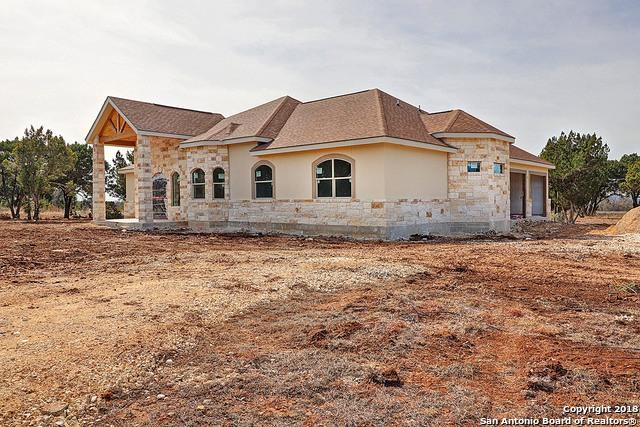 296 Rio Circle, Pipe Creek, TX 78063 (MLS #1293924) :: Alexis Weigand Real Estate Group