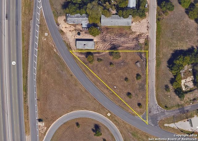 2824 SW Loop 410, San Antonio, TX 78227 (MLS #1294894) :: The Castillo Group