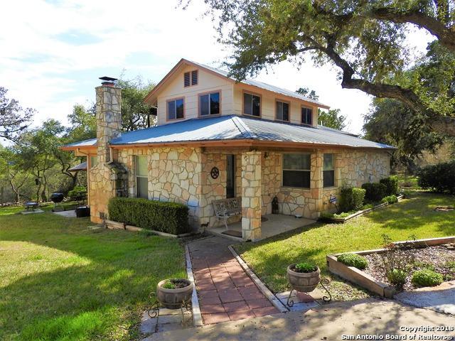 484 E 9th Street, Lakehills, TX 78063 (MLS #1295248) :: Exquisite Properties, LLC