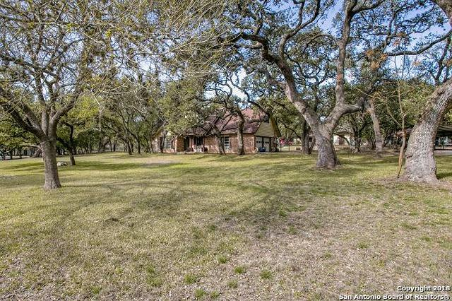 9744 Windwood Dr, Boerne, TX 78006 (MLS #1296031) :: The Castillo Group