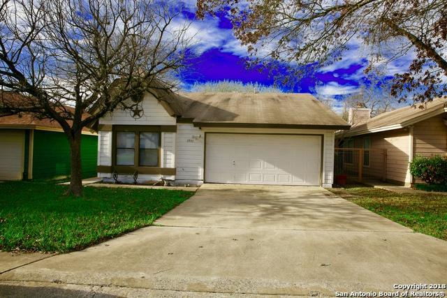 3931 Heritage Hill Dr, San Antonio, TX 78247 (MLS #1296398) :: Exquisite Properties, LLC