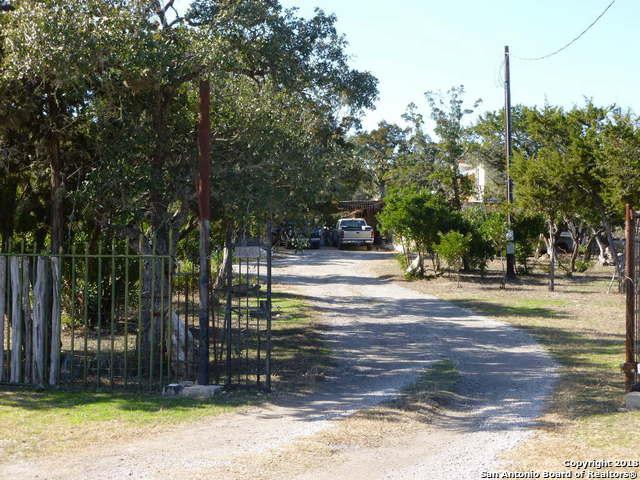 169 County Road 2472, Hondo, TX 78861 (MLS #1296686) :: Ultimate Real Estate Services