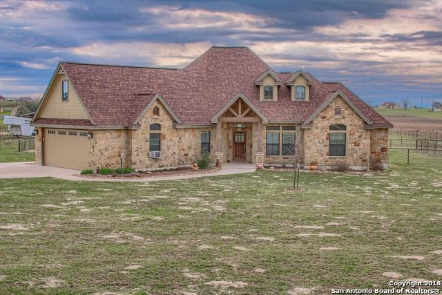 179 Scenic Hills Dr, La Vernia, TX 78121 (MLS #1296926) :: The Castillo Group