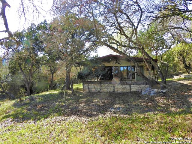147,149,151 Choctaw Trail, Lakehills, TX 78063 (MLS #1297490) :: Ultimate Real Estate Services