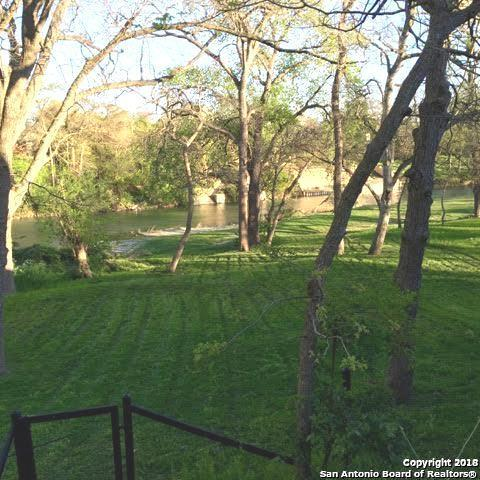 920 Albert St, New Braunfels, TX 78130 (MLS #1297791) :: Magnolia Realty
