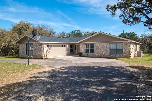 96 Cliffside Dr, Shavano Park, TX 78231 (MLS #1297879) :: Tami Price Properties Group
