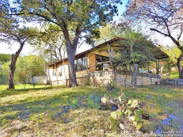 147,149 & 151 Choctaw Trail, Lakehills, TX 78063 (MLS #1298035) :: Ultimate Real Estate Services