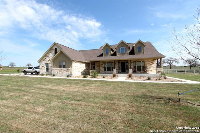 173 Triple R Drive, La Vernia, TX 78121 (MLS #1298090) :: The Castillo Group