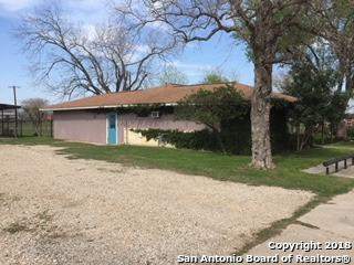 1405 Highway 97, Jourdanton, TX 78026 (MLS #1298198) :: Magnolia Realty