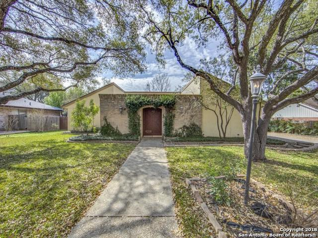 6218 Hickory Hollow, Windcrest, TX 78239 (MLS #1298393) :: The Castillo Group
