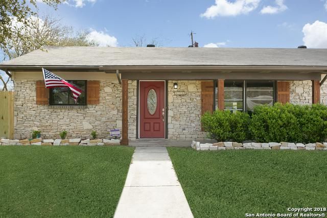 438 E Langley Blvd, Universal City, TX 78148 (MLS #1298503) :: Neal & Neal Team