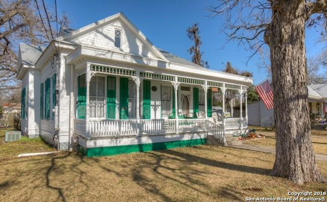 878 W Mill St, New Braunfels, TX 78130 (MLS #1298903) :: Ultimate Real Estate Services