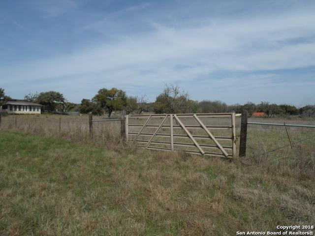 2824 Fm 470, Bandera, TX 78003 (MLS #1298937) :: Tami Price Properties Group
