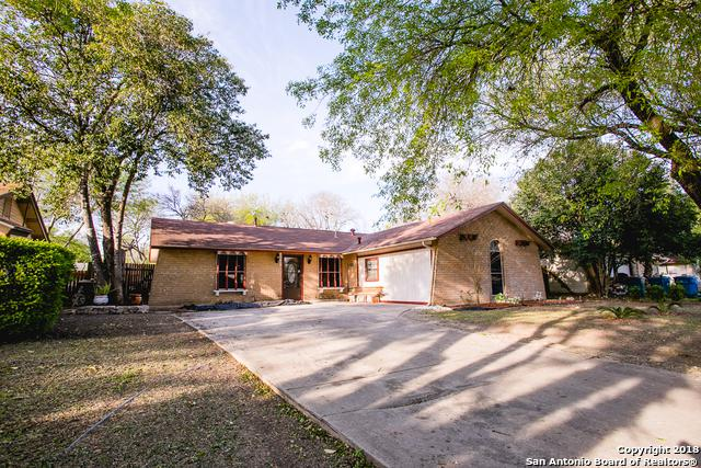 5043 Tom Stafford Dr, Kirby, TX 78219 (MLS #1298964) :: The Castillo Group