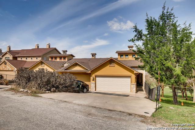 946 Parkview Dr, Canyon Lake, TX 78133 (MLS #1299151) :: Erin Caraway Group