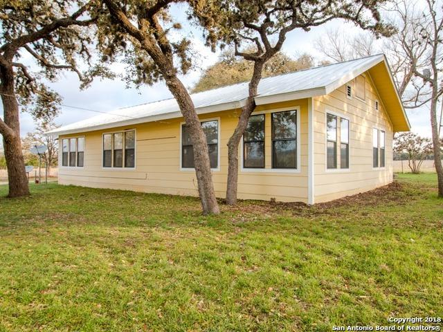 373 Pine Tree Rd, Medina, TX 78055 (MLS #1299325) :: The Castillo Group