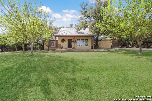11 Kreutzberg Rd, Boerne, TX 78006 (MLS #1299384) :: Keller Williams City View