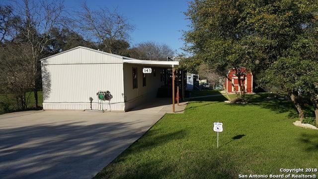 143 Oakridge St, Canyon Lake, TX 78133 (MLS #1299478) :: ForSaleSanAntonioHomes.com