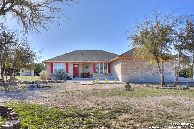 342 Chipman Ct, Bandera, TX 78003 (MLS #1299813) :: Neal & Neal Team