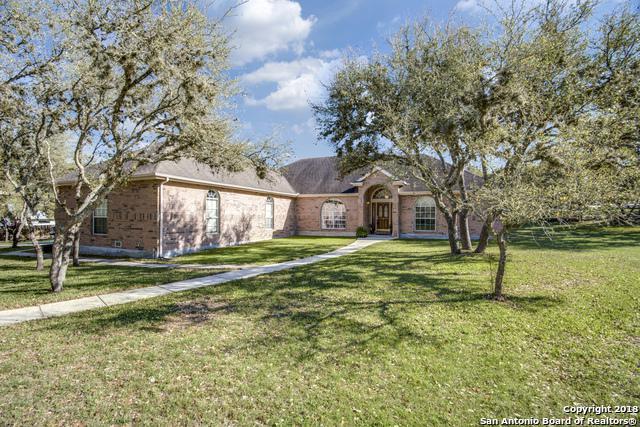 8510 Dietz Elkhorn Rd, Fair Oaks Ranch, TX 78015 (MLS #1299971) :: Neal & Neal Team