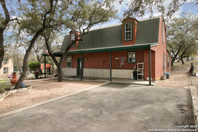 3712 Bump Gate Rd, Pipe Creek, TX 78063 (MLS #1300045) :: NewHomePrograms.com LLC