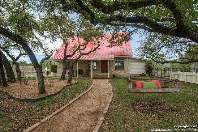 309 N Plant Ave, Boerne, TX 78006 (MLS #1301485) :: Ultimate Real Estate Services