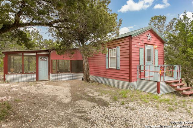 181 Pecos Rd, Bandera, TX 78003 (MLS #1301968) :: Ultimate Real Estate Services