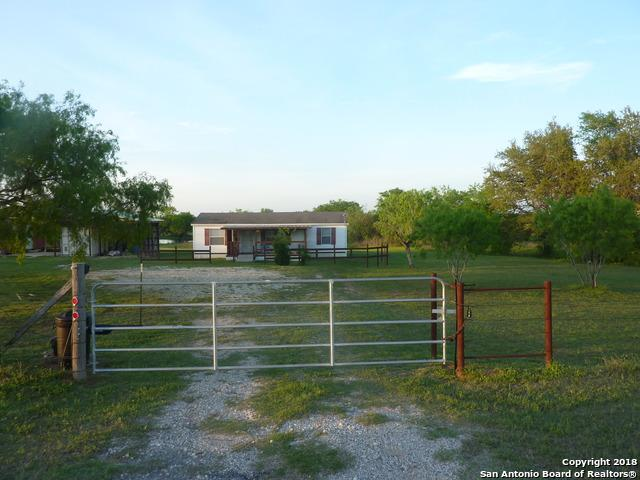 13549 Us Highway 87 S, Adkins, TX 78101 (MLS #1302205) :: Ultimate Real Estate Services