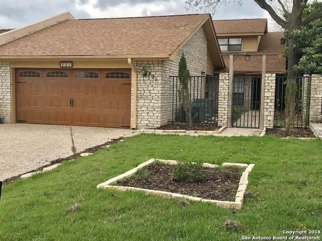 721 Oakland Hills Ln, Kerrville, TX 78028 (MLS #1302420) :: Magnolia Realty