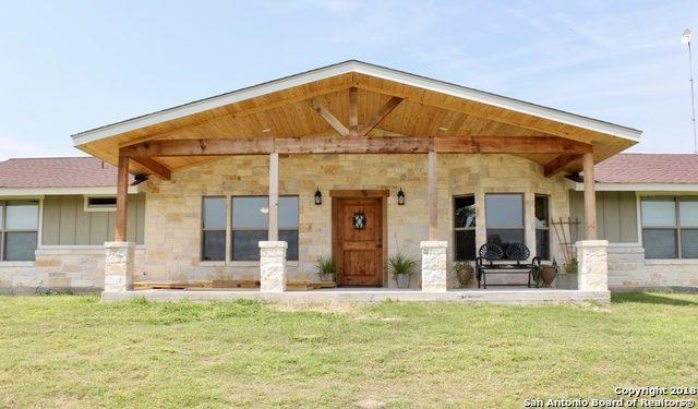 3929 County Road 302, Floresville, TX 78114 (MLS #1302610) :: The Castillo Group