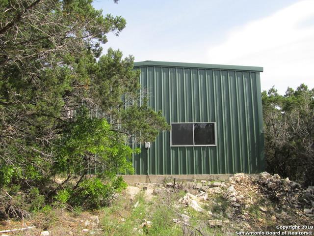 3161 Mountain Creek Rd, Pipe Creek, TX 78063 (MLS #1302876) :: The Suzanne Kuntz Real Estate Team