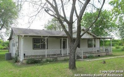 13240 Sherwood Rd, Atascosa, TX 78002 (MLS #1303254) :: Magnolia Realty