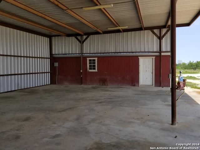 11500 Fm 1681, Nixon, TX 78140 (MLS #1303355) :: Alexis Weigand Real Estate Group