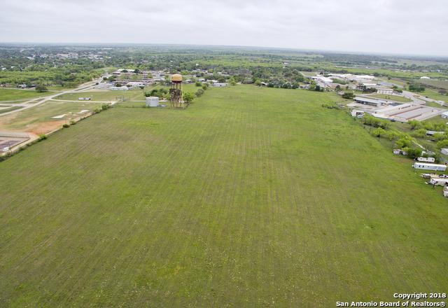 0 Colonial Parkway W, Devine, TX 78016 (MLS #1303467) :: The Castillo Group