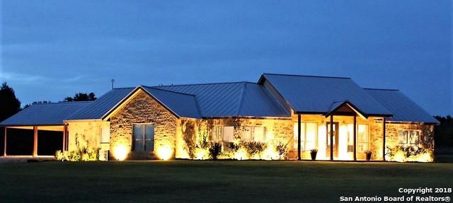 1005 Casarez Rd, Pleasanton, TX 78064 (MLS #1304147) :: Ultimate Real Estate Services