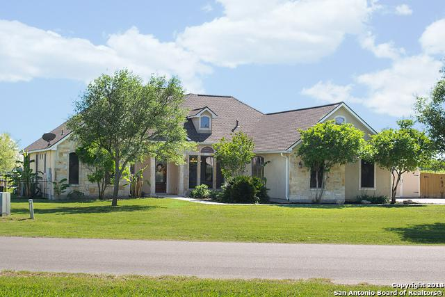 15942 Lake Shore Dr, Lytle, TX 78052 (MLS #1304778) :: The Castillo Group
