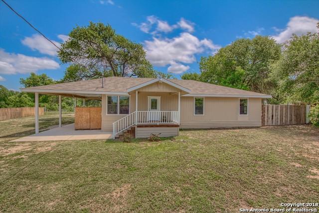 4818 Blue Beech Dr, Elmendorf, TX 78112 (MLS #1304930) :: Ultimate Real Estate Services