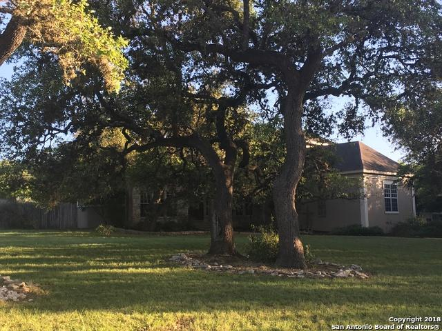 8520 Fair Oaks Pkwy, Fair Oaks Ranch, TX 78015 (MLS #1305023) :: Carolina Garcia Real Estate Group