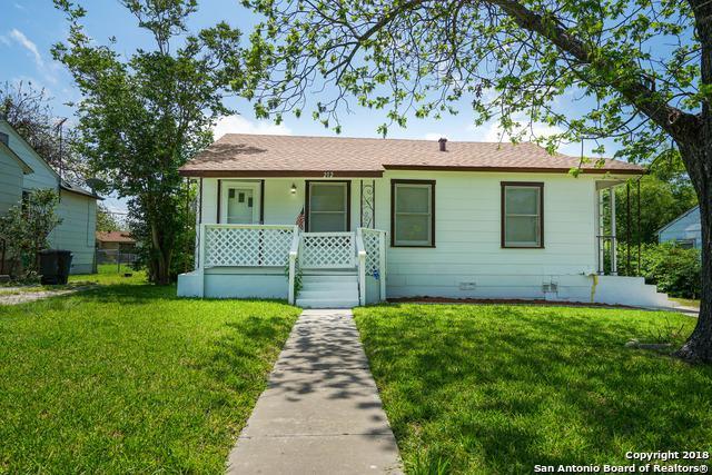 212 Christine Dr, San Antonio, TX 78223 (MLS #1305030) :: Erin Caraway Group