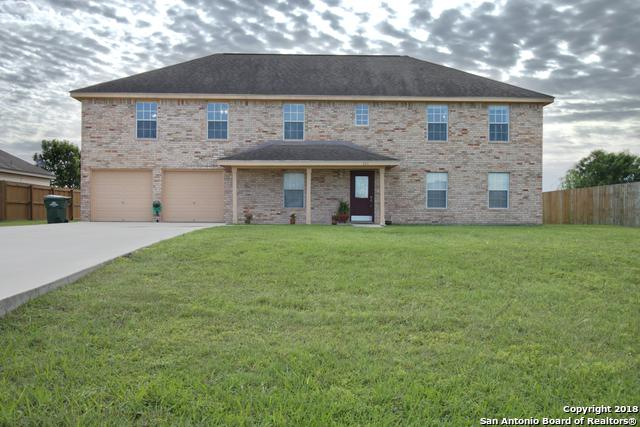 137 Castlewood Dr, Seguin, TX 78155 (MLS #1305181) :: NewHomePrograms.com LLC