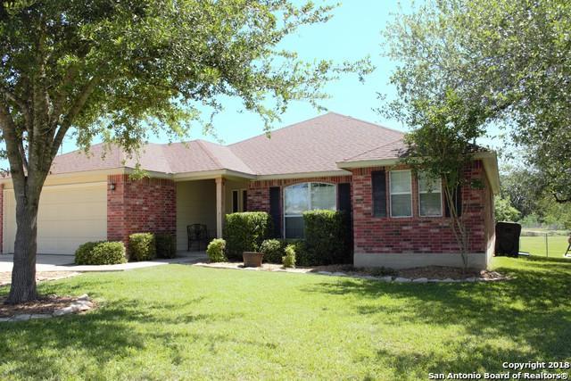 89 Windcrest, Floresville, TX 78114 (MLS #1305269) :: ForSaleSanAntonioHomes.com