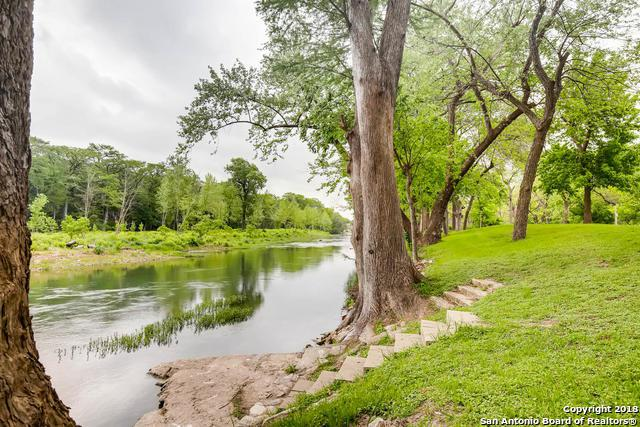 1390 Ervendberg Ave, New Braunfels, TX 78130 (MLS #1305278) :: Santos and Sandberg