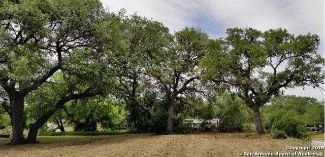 507 5TH ST, Pleasanton, TX 78064 (MLS #1305301) :: Alexis Weigand Real Estate Group